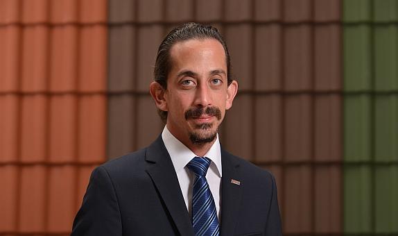 """Kılıçoğlu Yapı Malzemeleri Grup Başkanı Barış Özaydemir: """"İnova ile Çatılara Farklı Bir Tasarım Sunduk"""" class="""